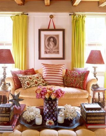 The rustic chic style of annie kelly and tim street porter for Living room ideas english