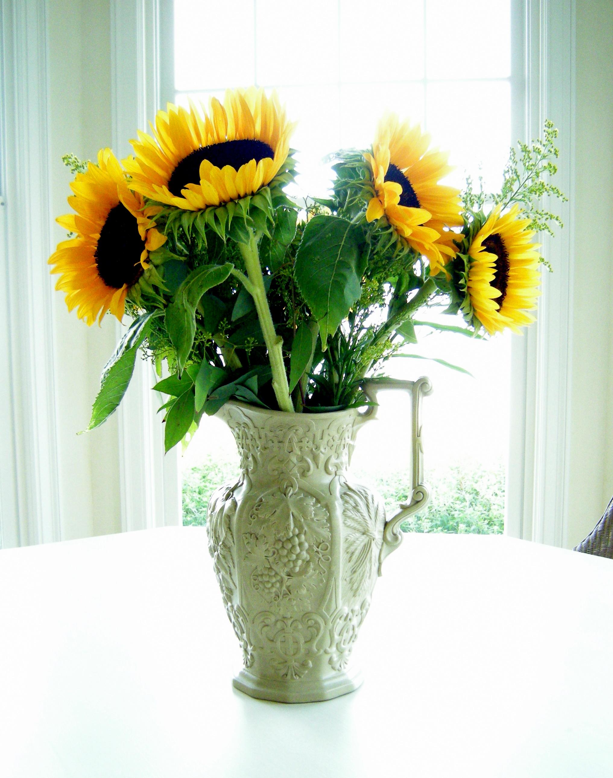 Flower arrangements rustic chic